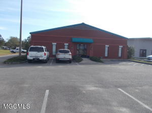 14321 Creosote Rd, Gulfport, MS 39503