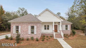 9572 North Bayou Bend Gulfport MS 39503