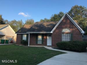 1600 8th St, Ocean Springs, MS 39564