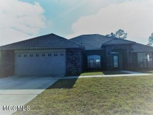 14658 Canal Pl, Gulfport, MS 39503