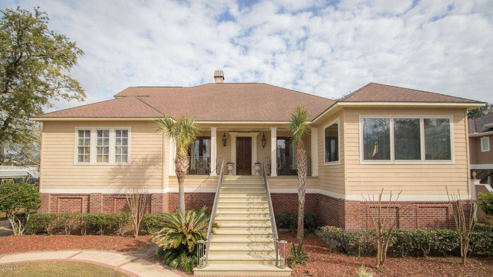 1308 Fort Ave Ocean Springs MS 39564