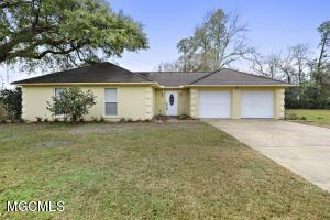 20 Greenbriar Dr Gulfport MS 39507