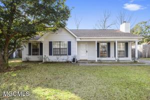 One owner home! No smoking and no pets! Precious home in Ocean Springs with large fenced yard and Garden Shed. Perfect home for a family! Close to OS Middle and OS High School.  Located on a quiet street close to the Elks Lodge and Marina.