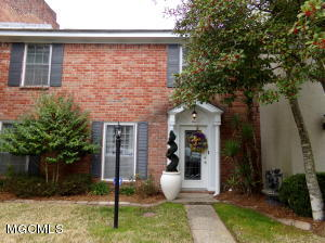 10 Independence Dr Unit: 10 Gulfport MS 39507