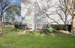 3230 Cumberland Rd Unit: 204 Ocean Springs MS 39564