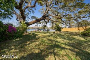 1111 Magnolia St Gulfport MS 39507