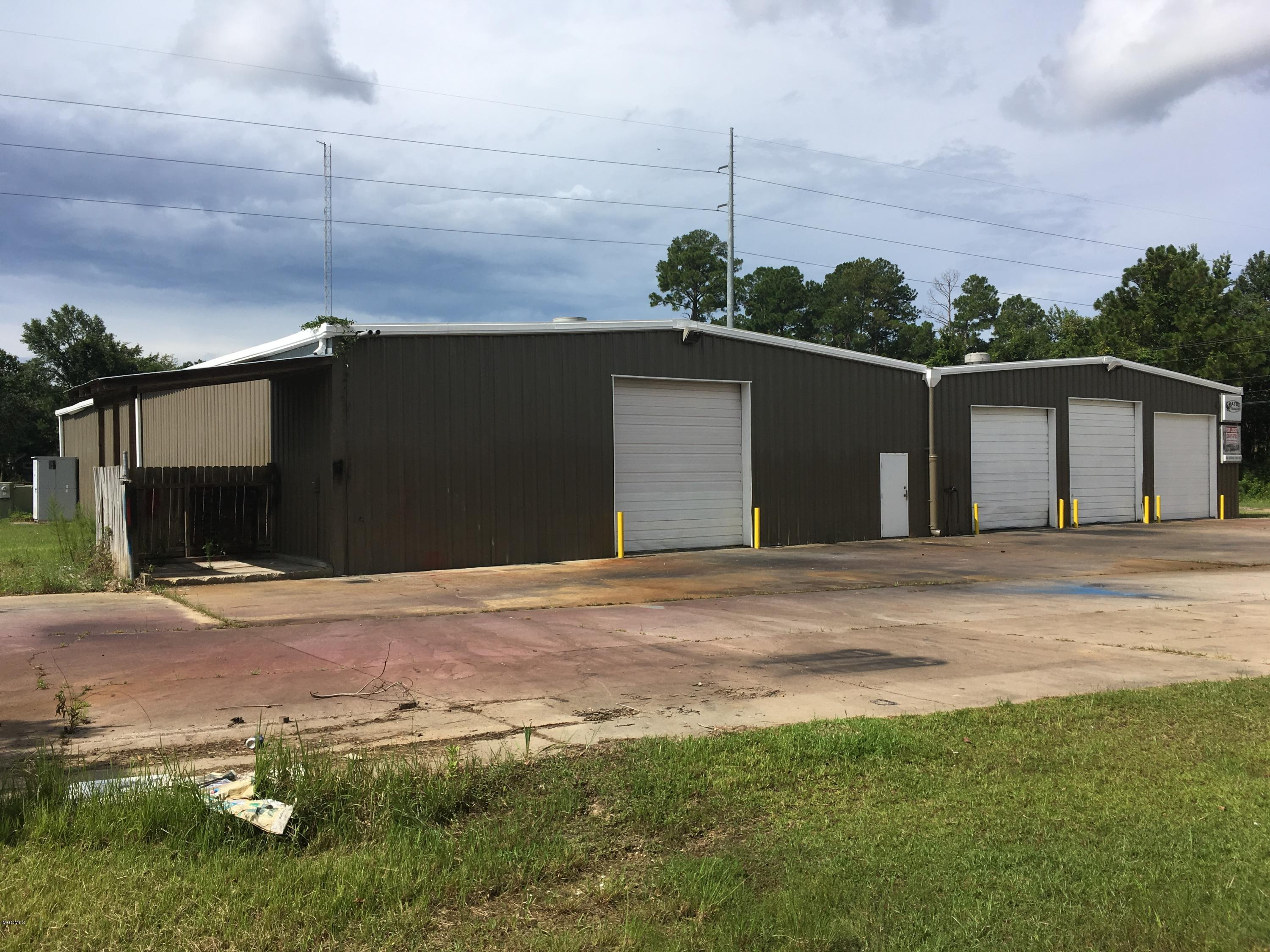 106 Industrial Park Cir Ocean Springs MS 39564