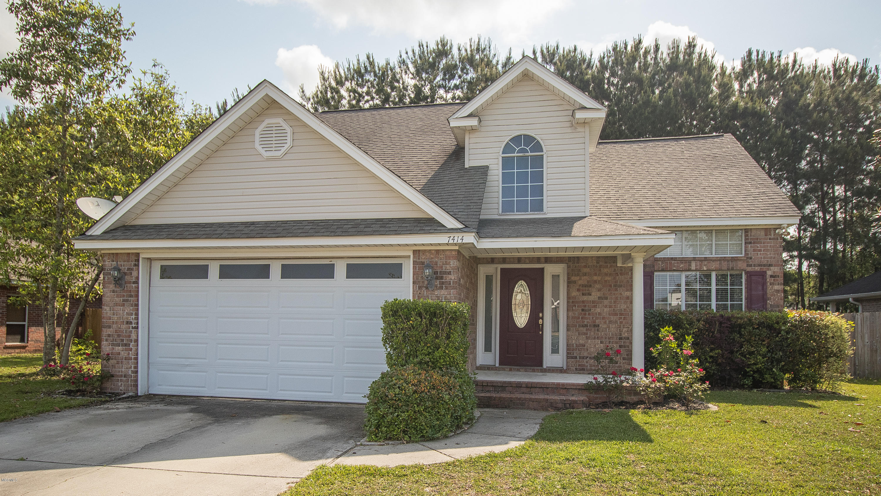7414 W Falcon Cir Ocean Springs MS 39564