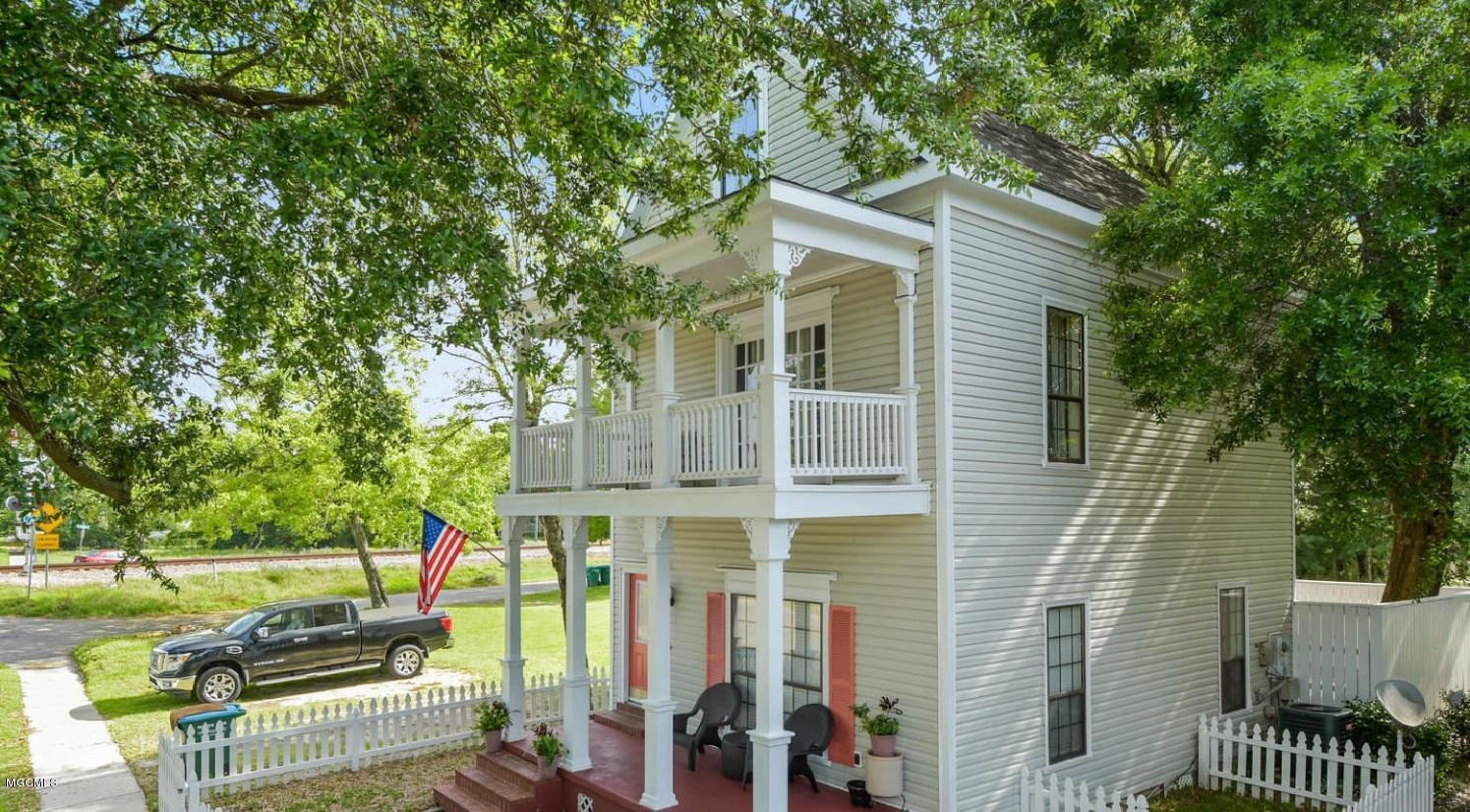 1614 20th Ave Unit: 11 Gulfport MS 39501