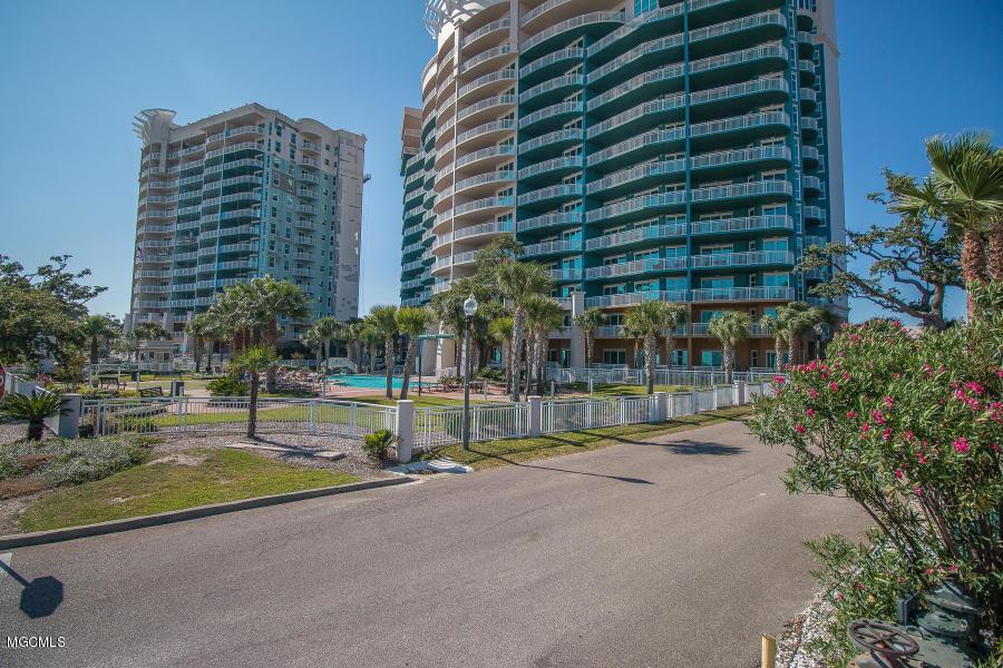 2228 Beach Dr Unit: 309 Gulfport MS 39507