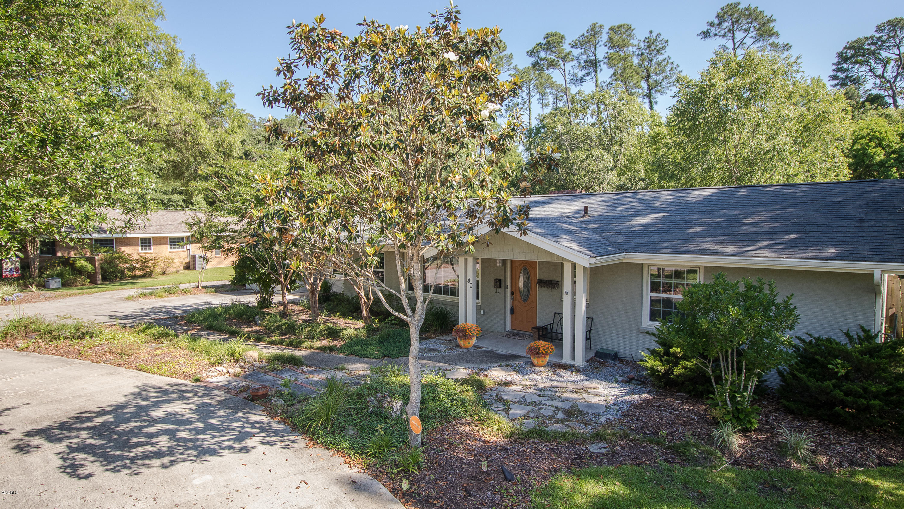 40 Poplar Cir Gulfport MS 39507