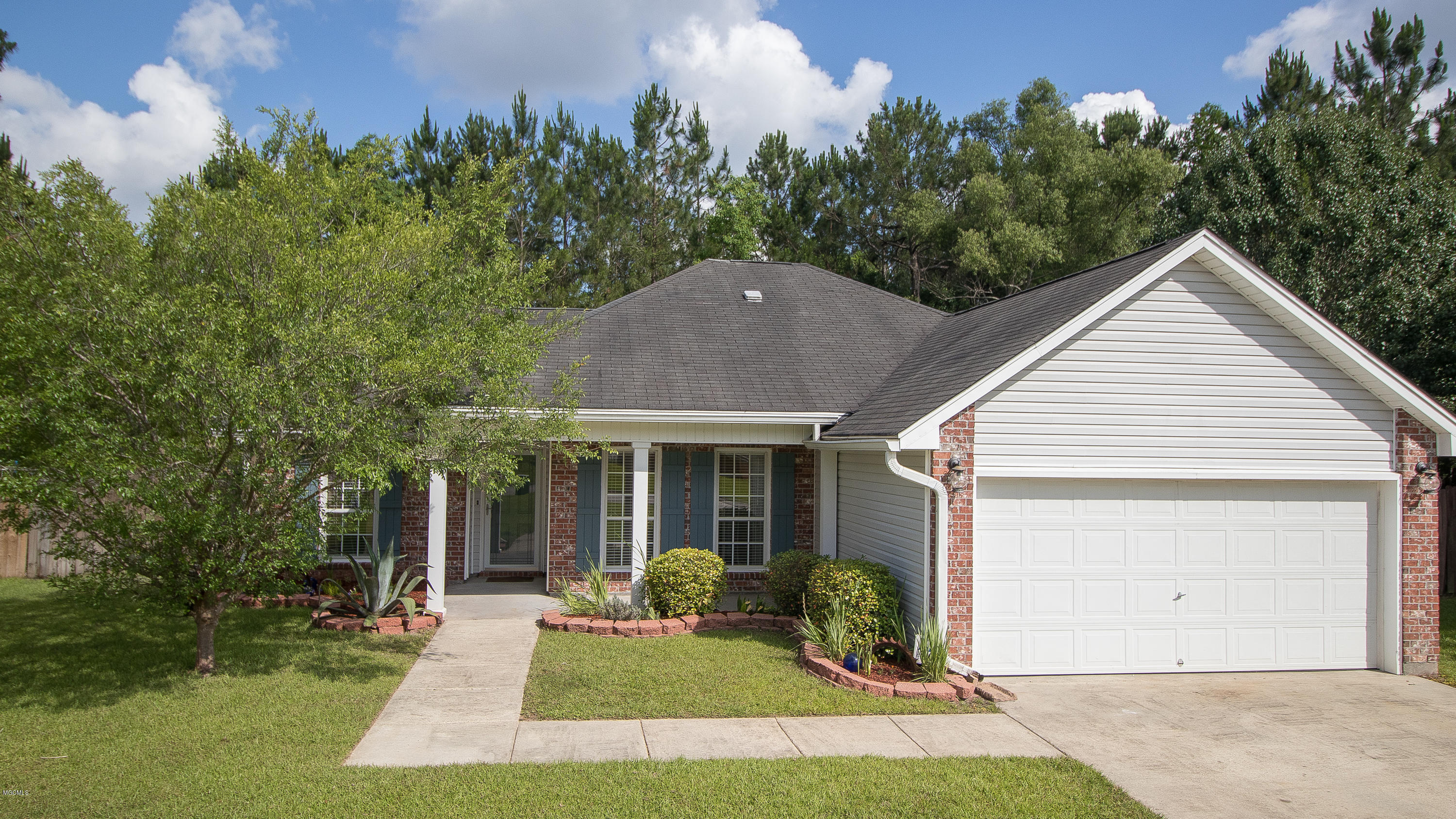 11226 River Bend Dr Gulfport MS 39503