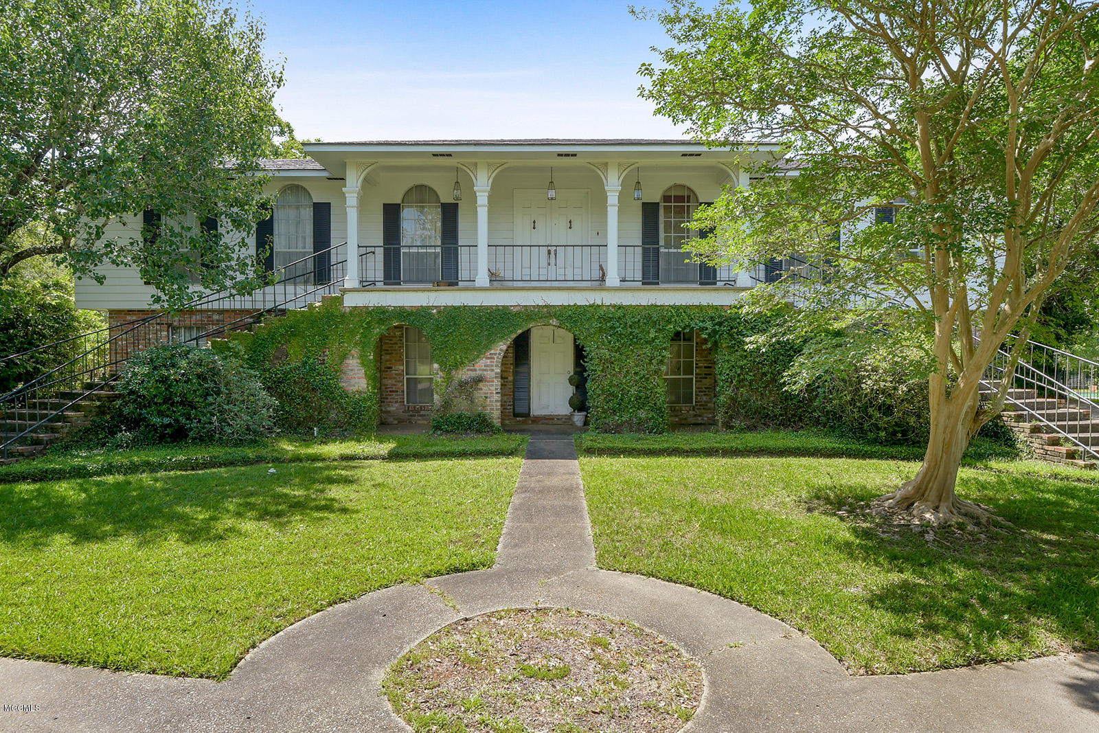 15 Bayou View Dr Gulfport MS 39507