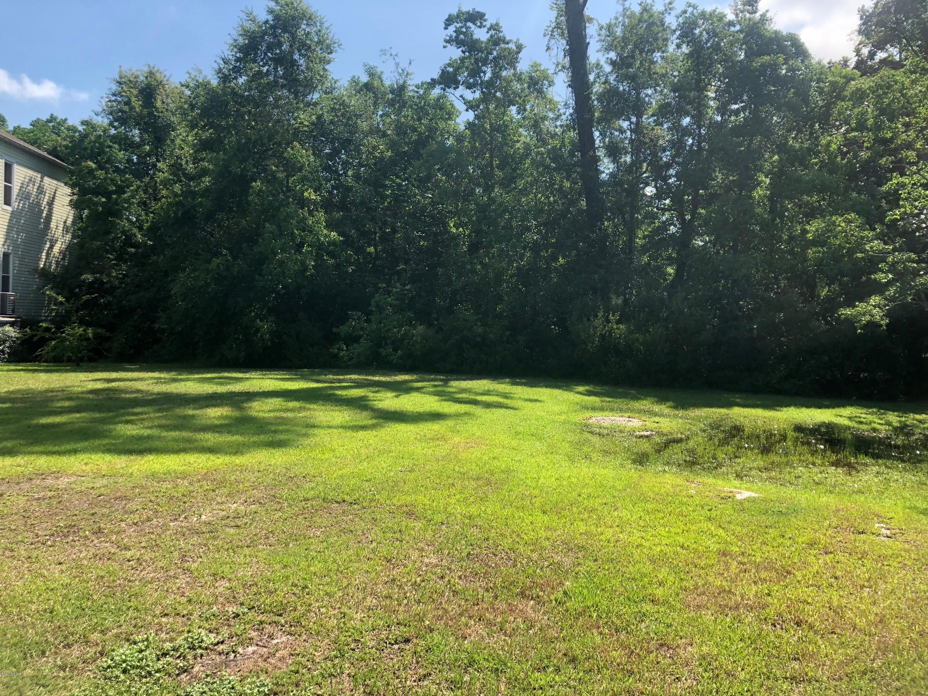 Lot 10 Cypress Ln Gulfport MS 39507