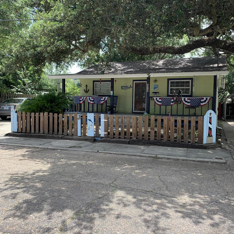 179 Jefferson Davis Ave Biloxi MS 39530