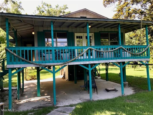 11067 Woolmarket Lake Rd Biloxi MS 39532