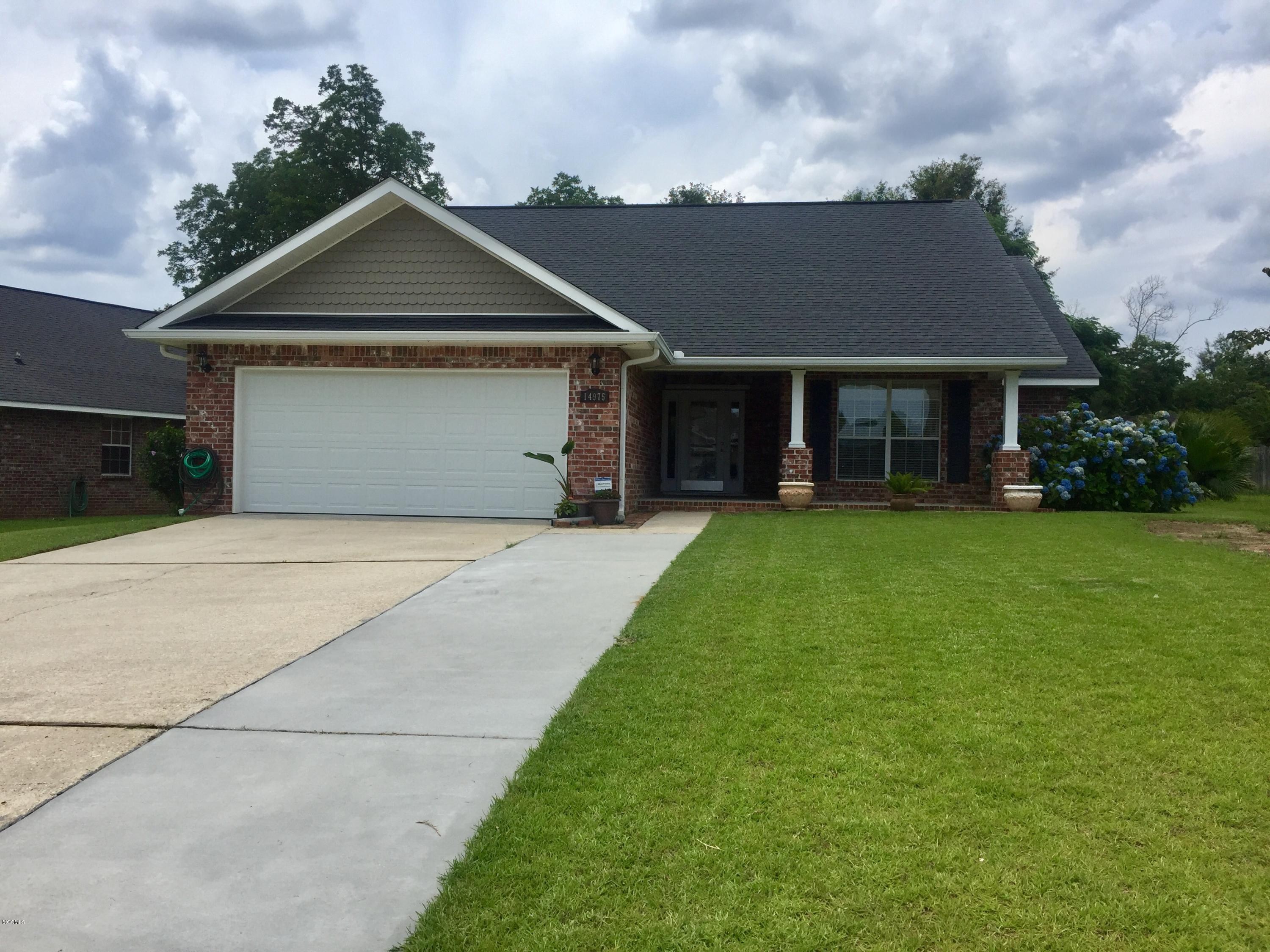 14975 Clear Springs Dr Biloxi MS 39532