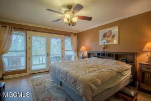 12269 Cedar Lake Rd Biloxi MS 39532
