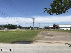 4000 Bienville Blvd Ocean Springs MS 39564