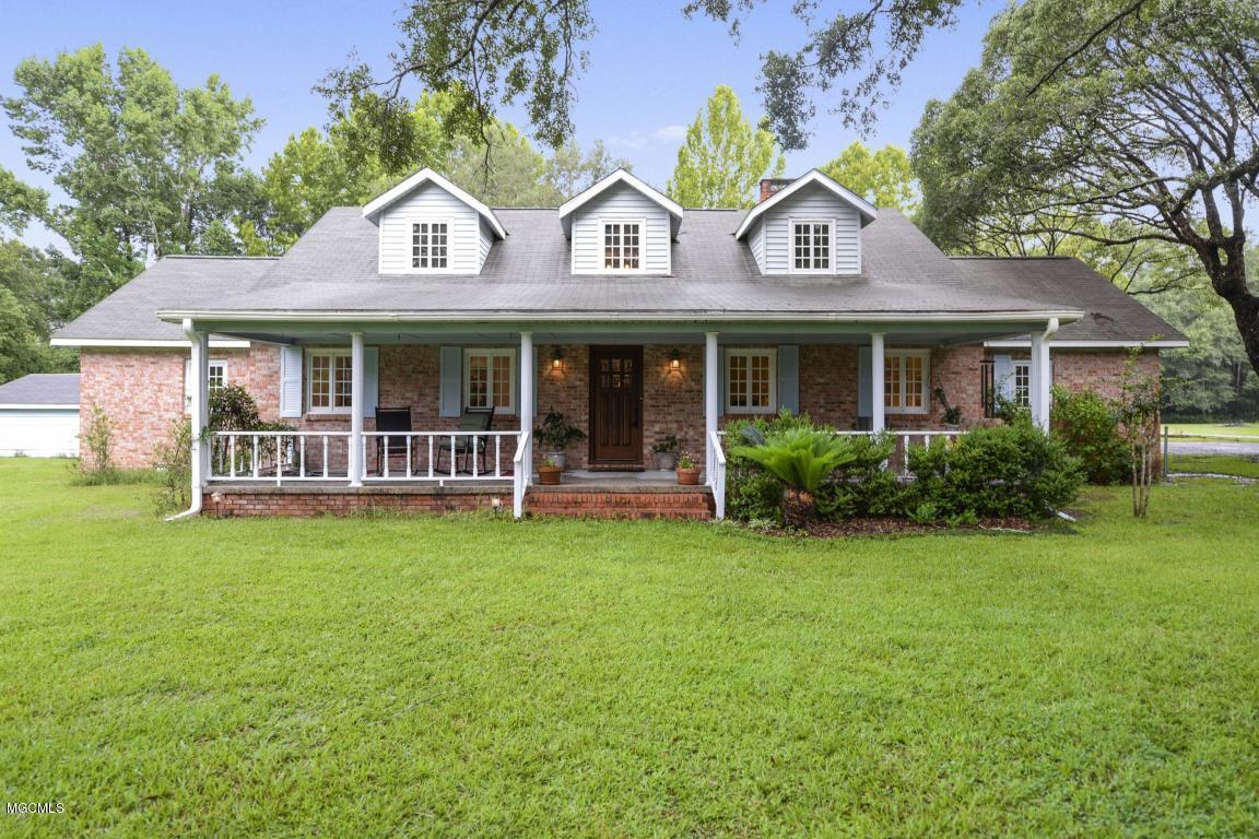 5908 Wooded Acres Rd Vancleave MS 39565