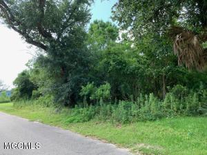 149 Burnett St Bay St. Louis MS 39520