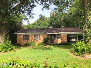 Well maintained 3 bed 1 bath home in the heart of Lucedale with fenced yard.
