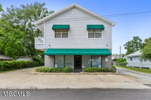 Possibility are endless!  Owner willing to rent all or part of the space.  Great space for multiple/shared offices with reception area. A must see to appreciate.  Owner willing to include furniture.