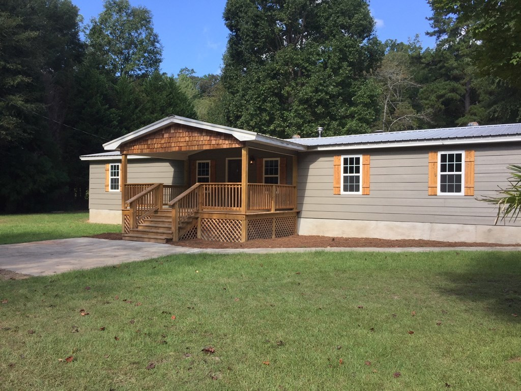 629 S Towaliga Road, Jackson, GA 30233