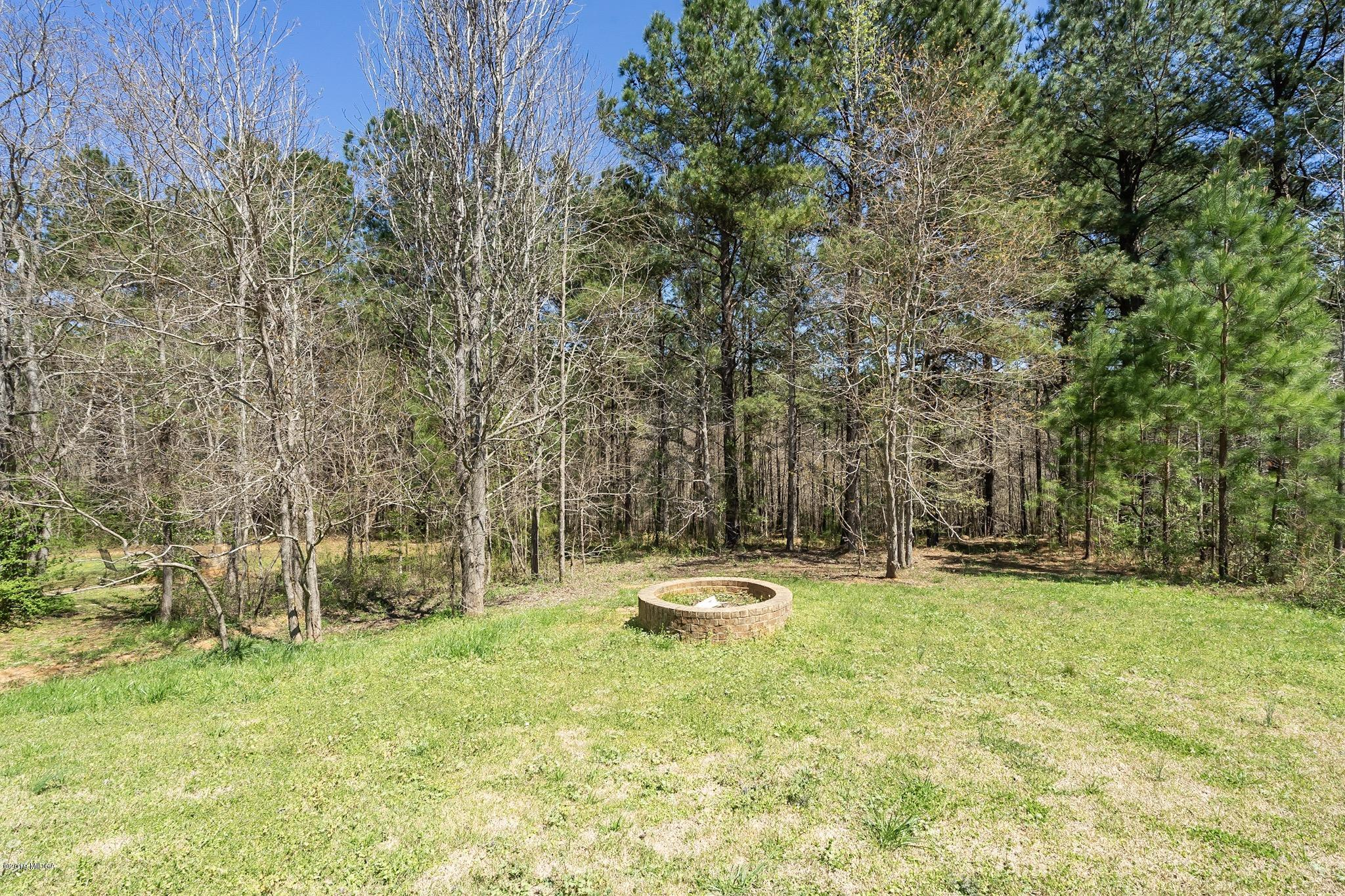 878 Natures Walk Drive, Gray, GA 31032