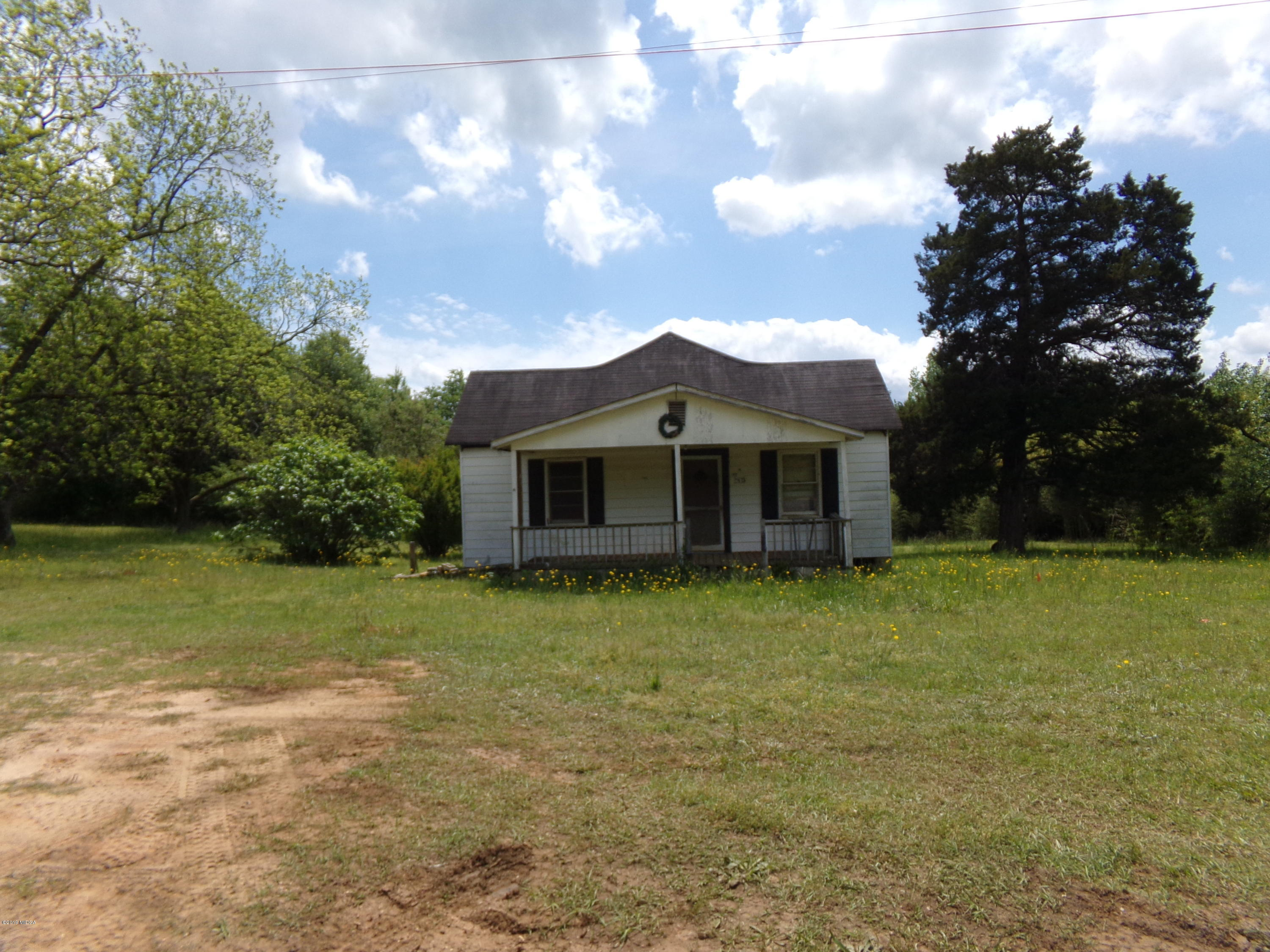 1473 Highway 41 South , Barnesville, GA 30204