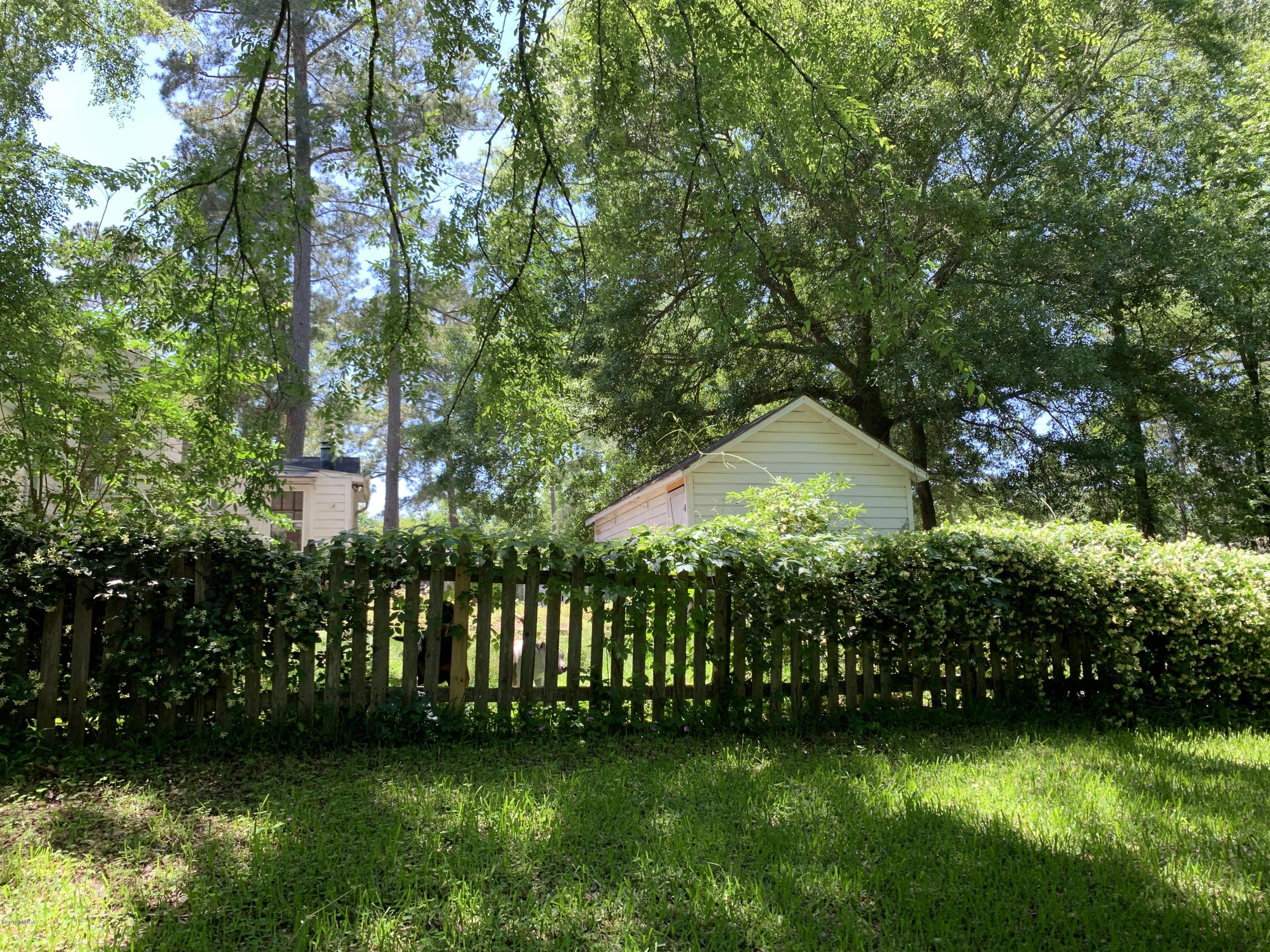 2411 Old Holton Road, Macon, GA 31204