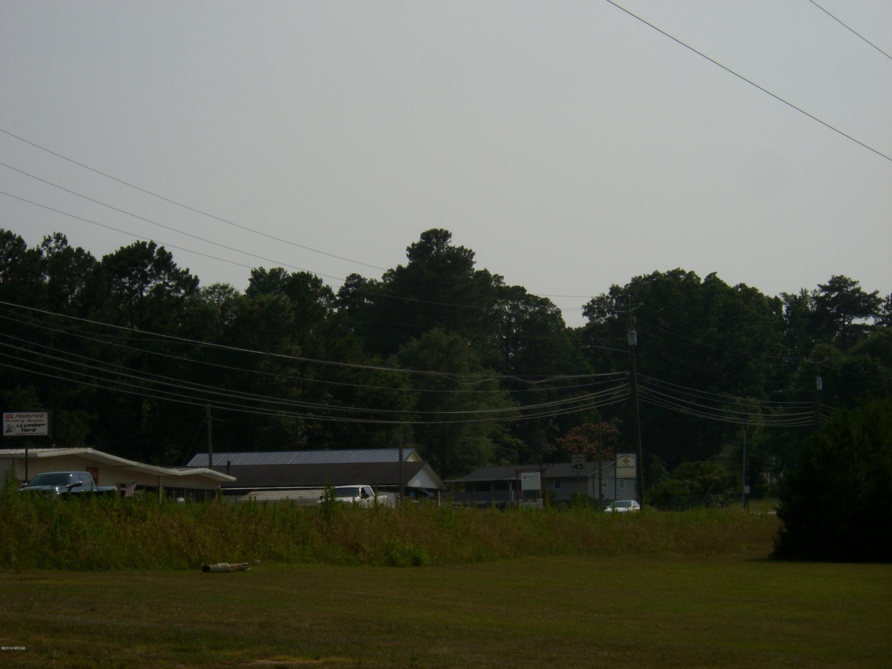 - Clinton Street, Gray, GA 31032