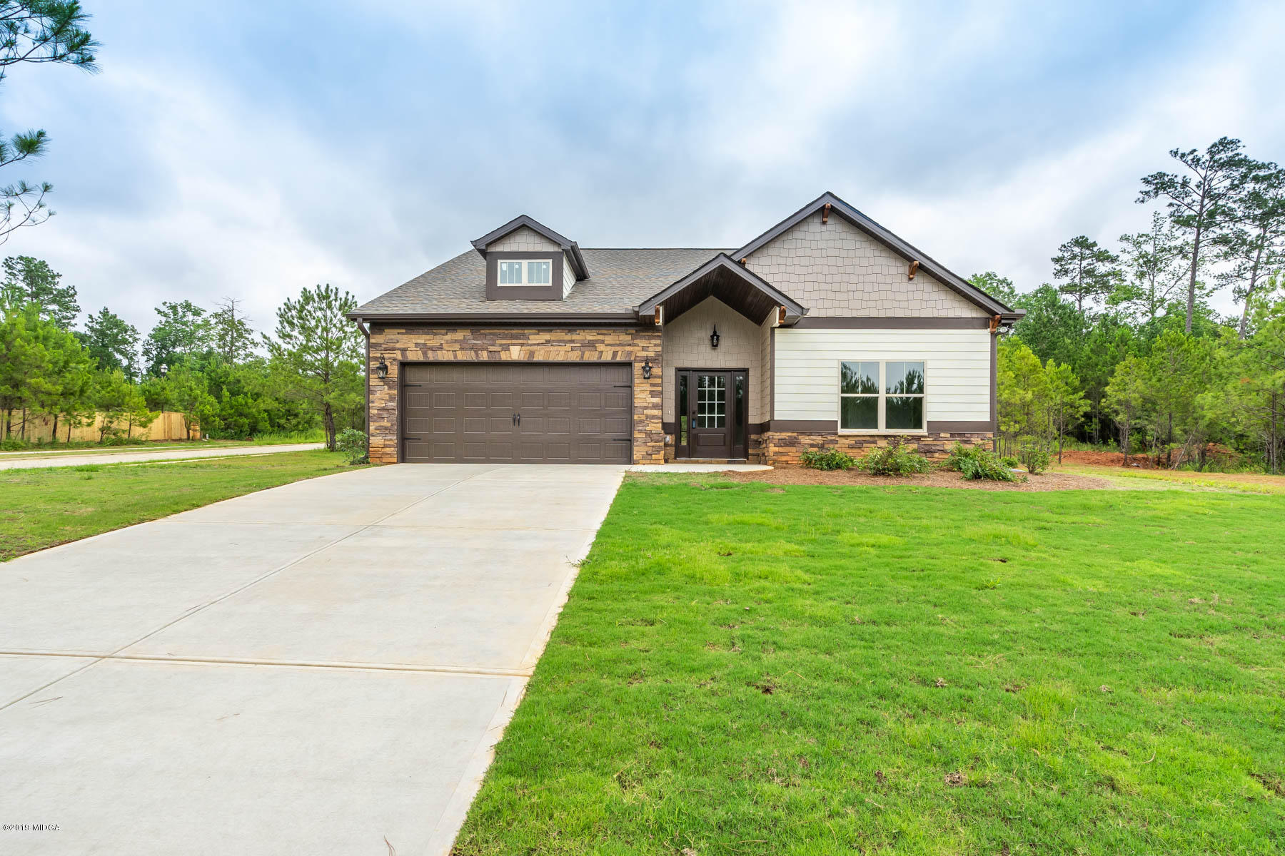 153 Fairway Circle, Macon, GA 31211