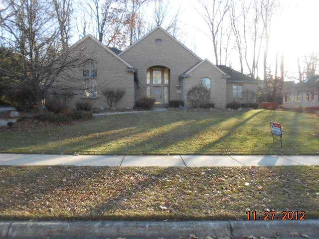 2415 Pine Hollow Dr - Primary Photo - 1