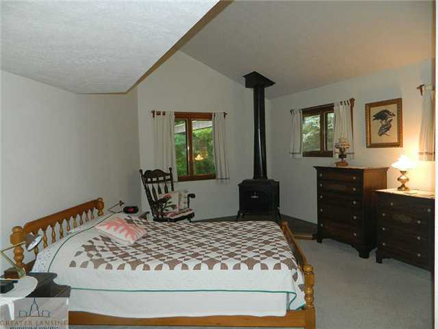 5648 Green Rd - Additional Photo - 16