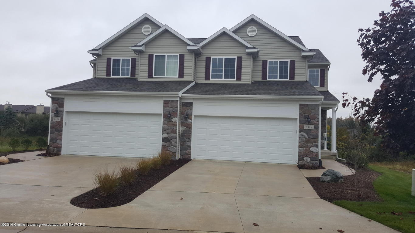 2319 Fieldstone Dr 43 - Front Exterior - 1