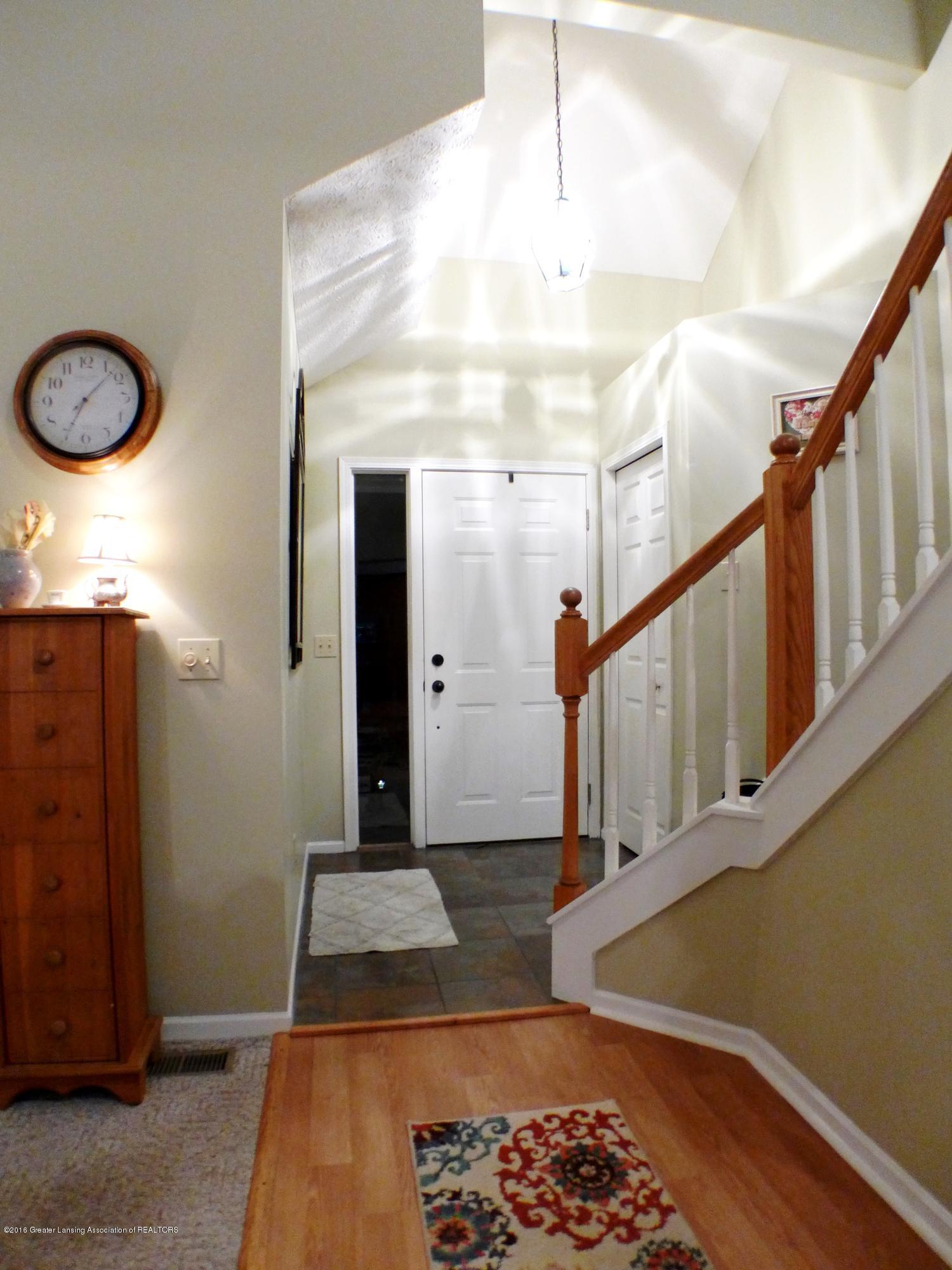 640 Winding River Way - Foyer - 4