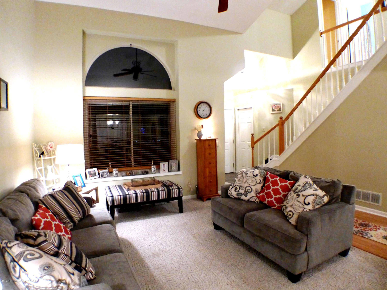 640 Winding River Way - Living Room - 5