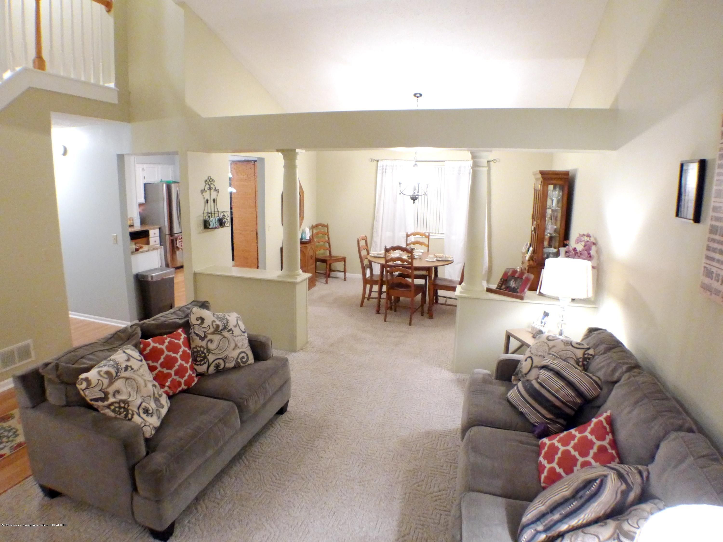 640 Winding River Way - Living Room/Dining Room - 10