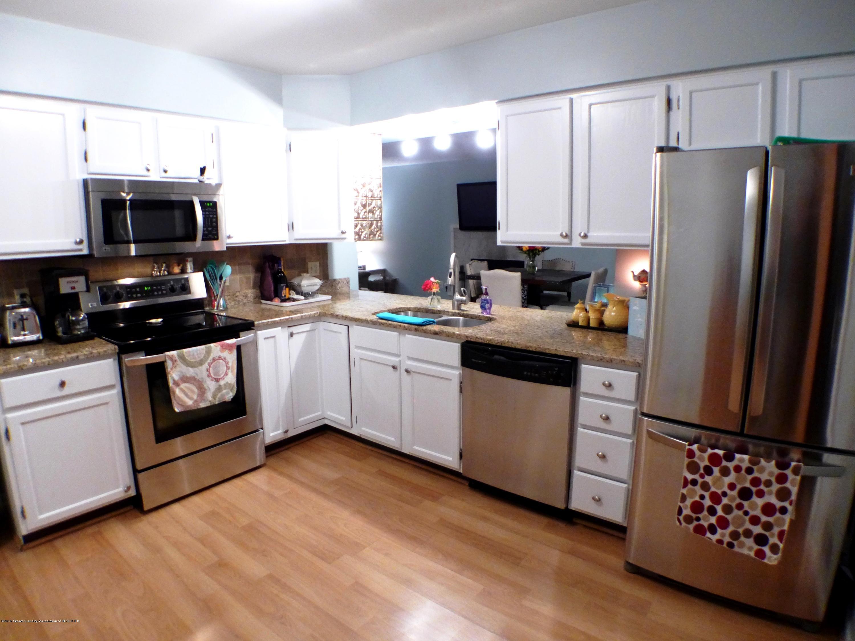 640 Winding River Way - Kitchen - 13