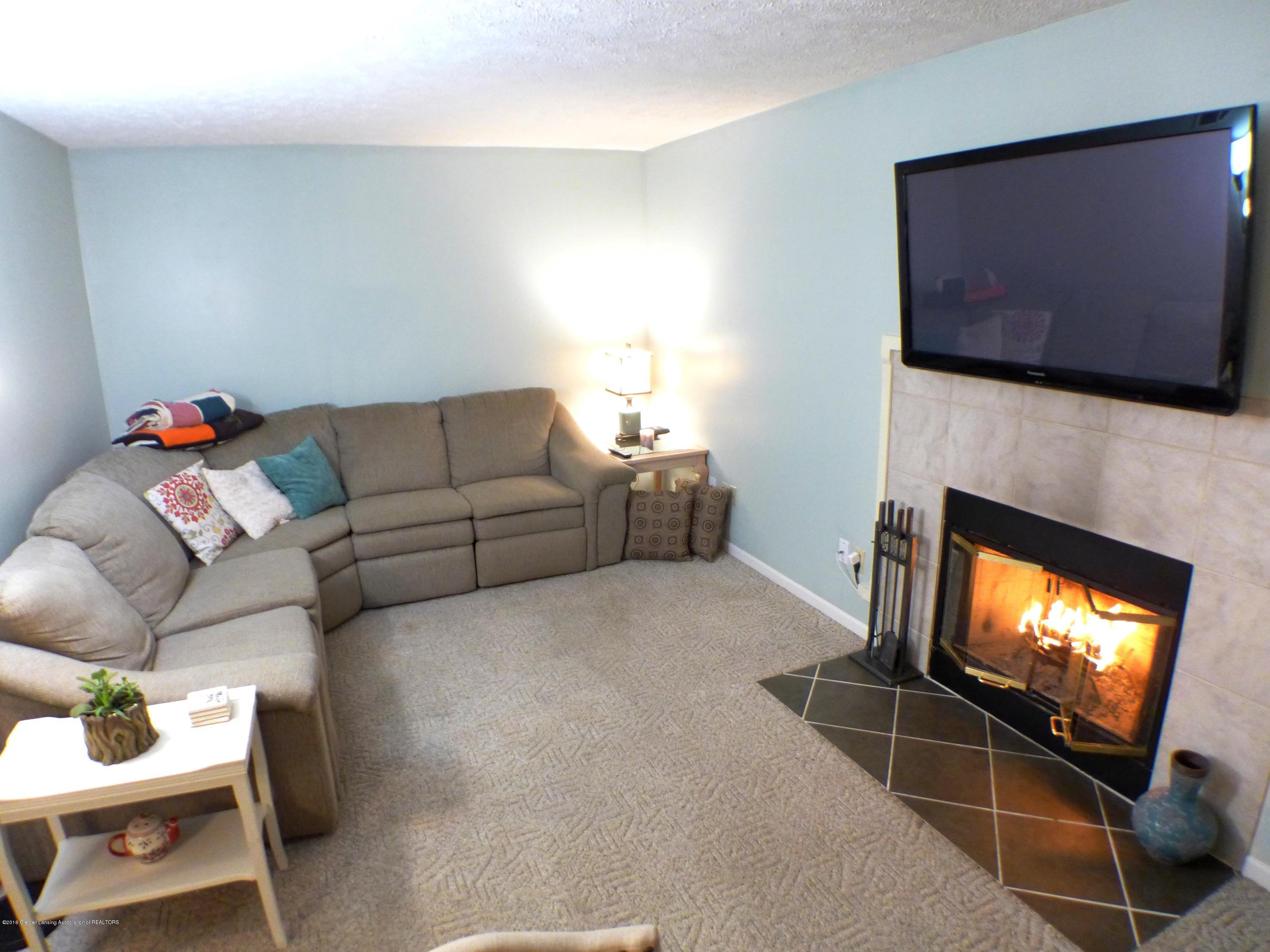 640 Winding River Way - Family Room - 21