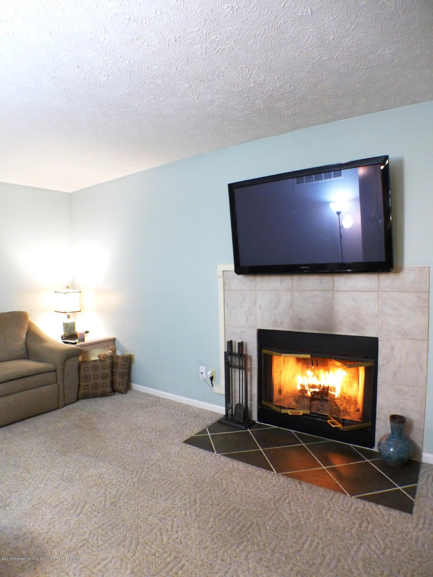 640 Winding River Way - Family Room - 22
