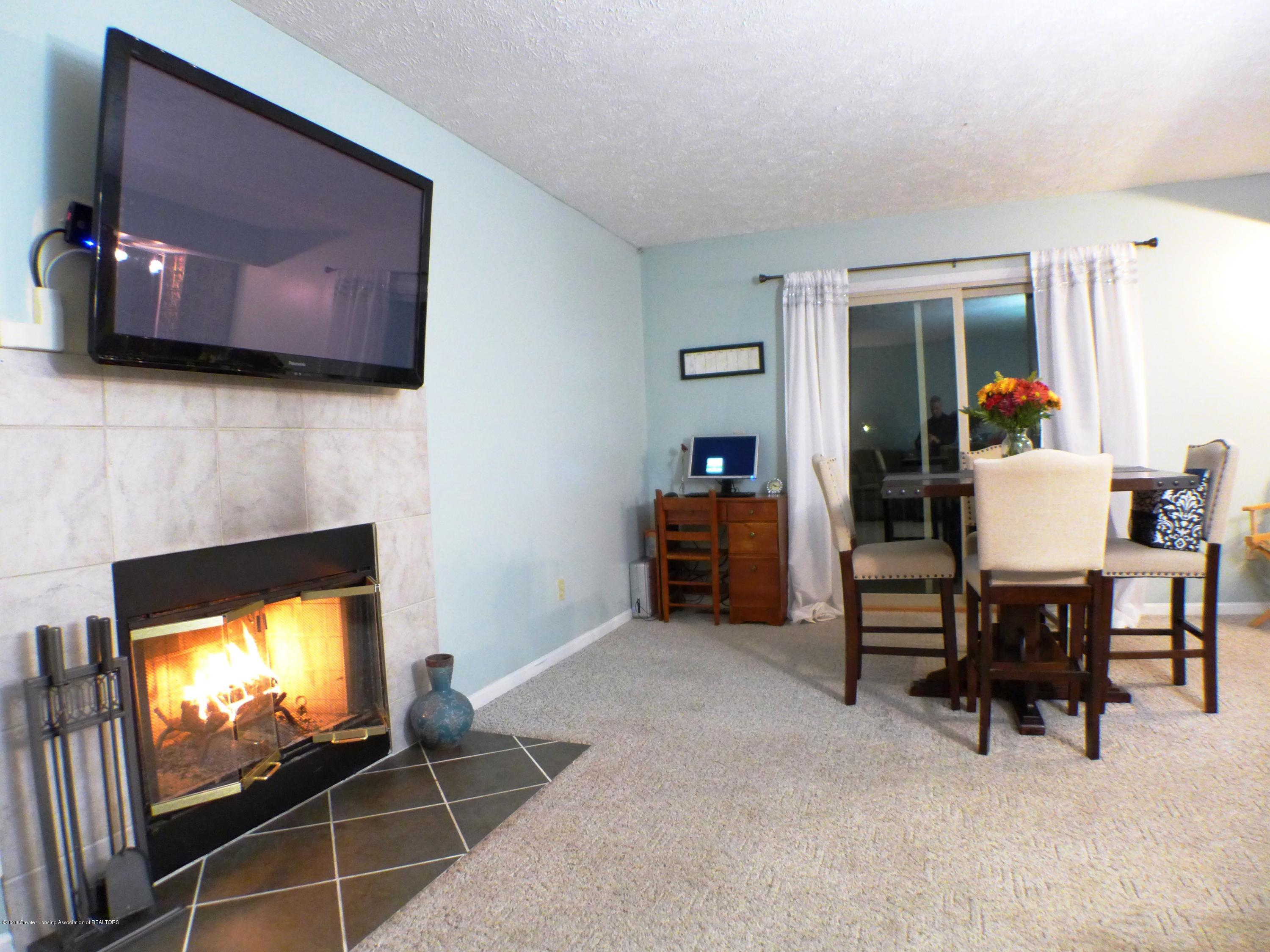 640 Winding River Way - Family Room - 23