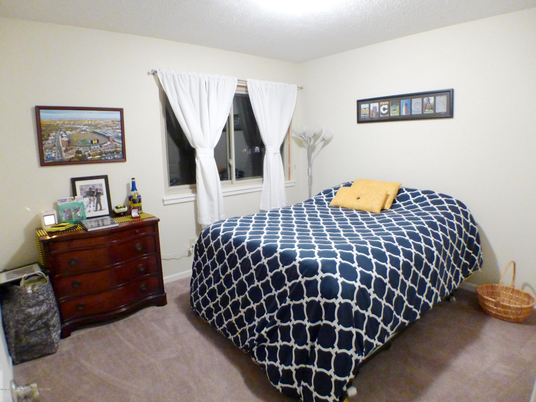 640 Winding River Way - Bedroom - 33