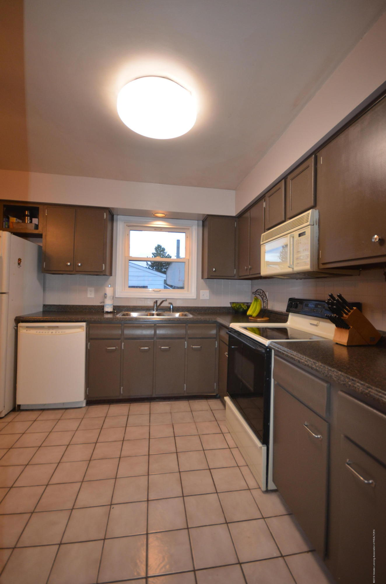 313 S Dibble Blvd - Kitchen - 11