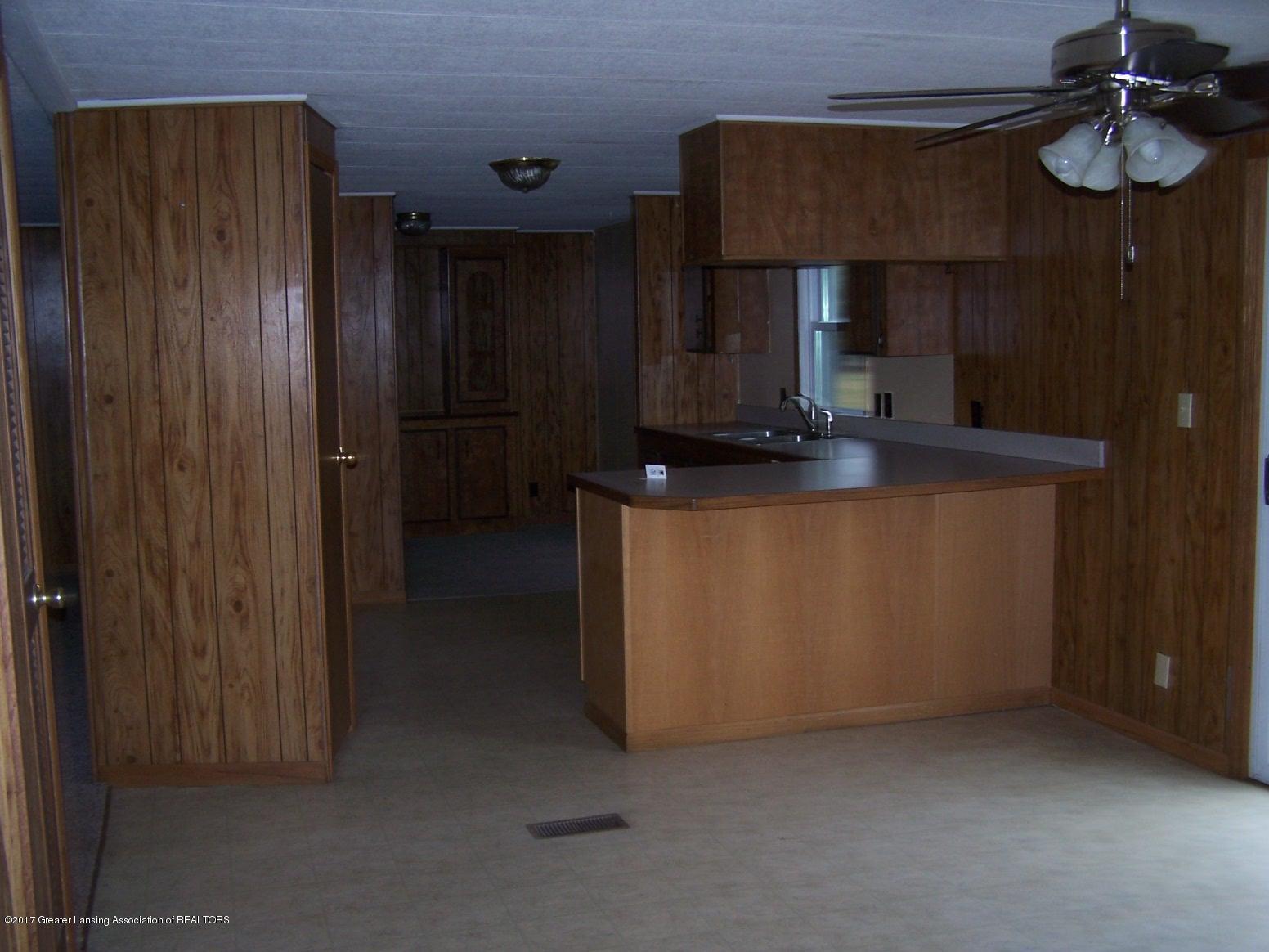 6106 Ferris Rd - Kitchen - 6
