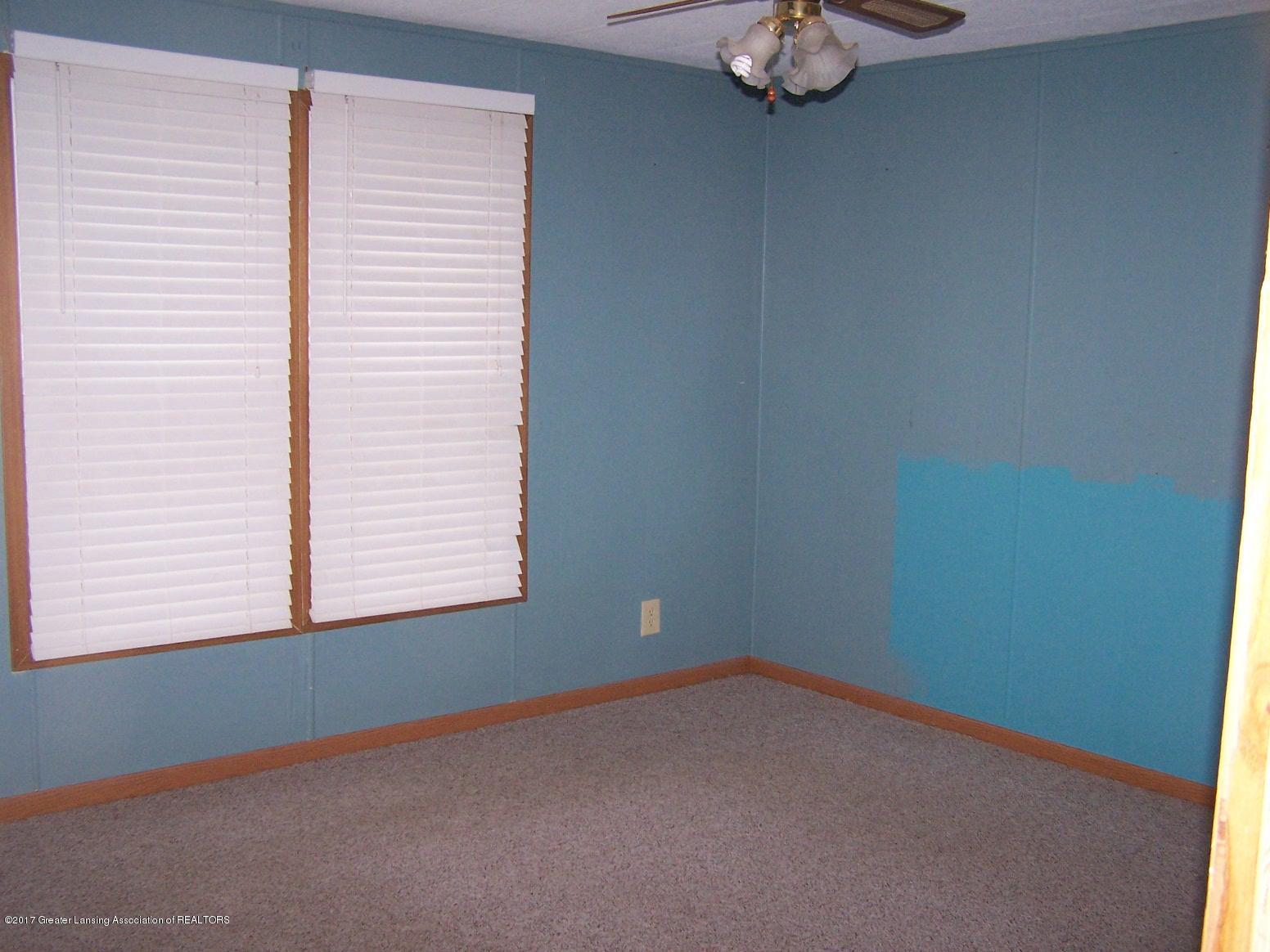6106 Ferris Rd - Master Bedroom - 12
