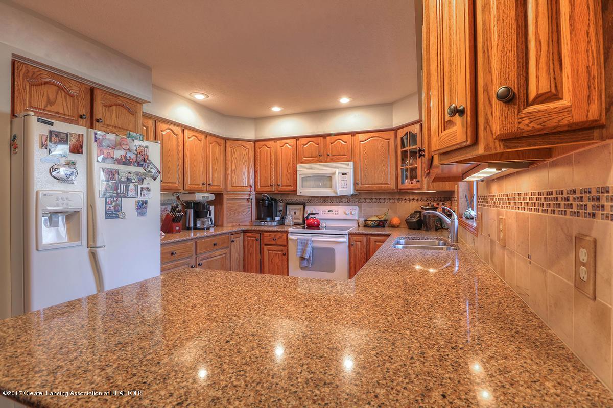 1145 River Oaks Dr - kitchen - 4
