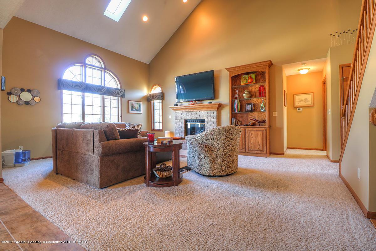 1145 River Oaks Dr - living room - 5