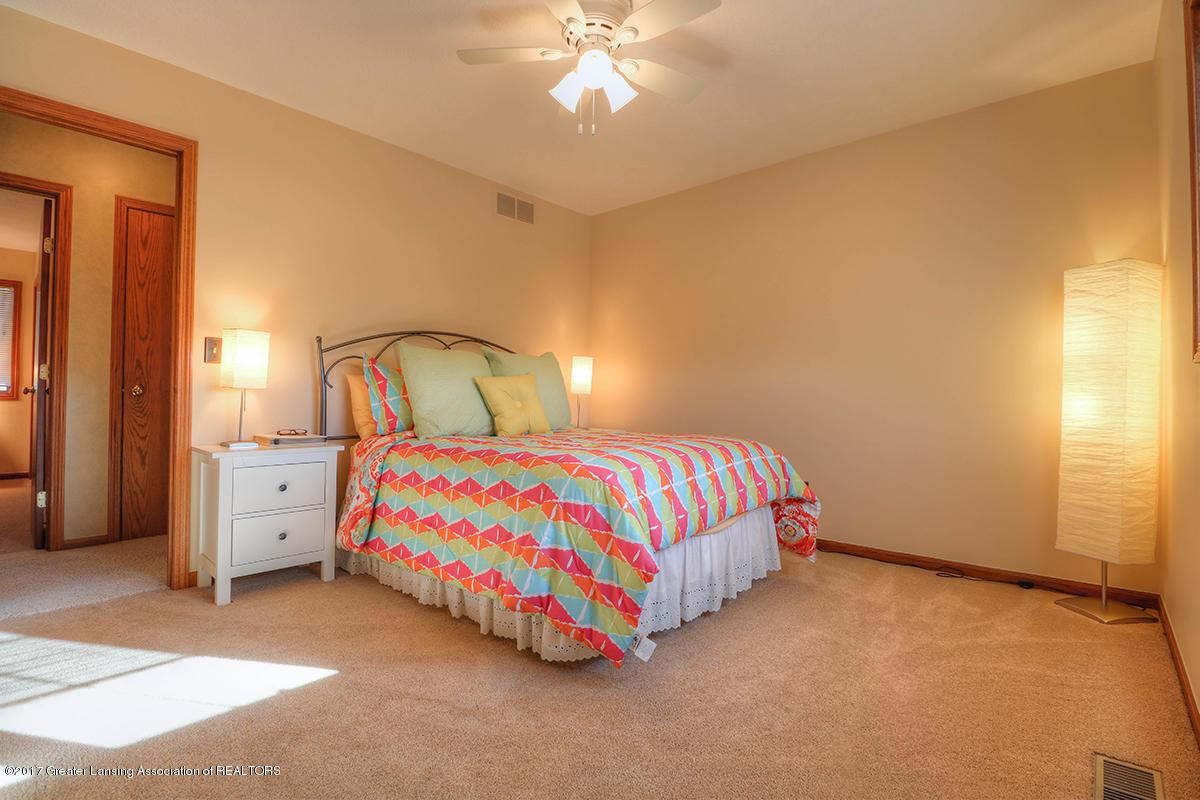 1145 River Oaks Dr - level 2 bedroom 2 - 9